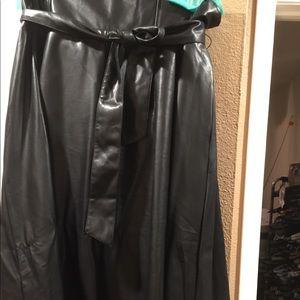 BNWT NY&CO faux leather sz xxl  oaperbag waist